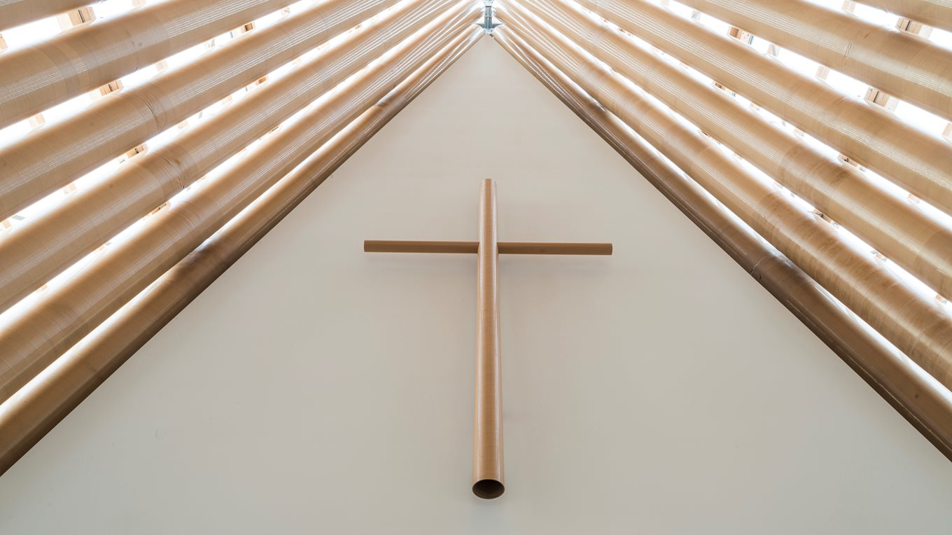 Cardboard Cathedral joinery and project management